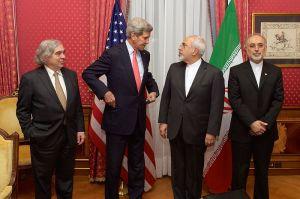 800px-Bilateral_Nuclear_Talks_-_Ernest_Moniz-John_Kerry-Mohammad_Javad_Zarif-Ali_Akbar_Salehi-1